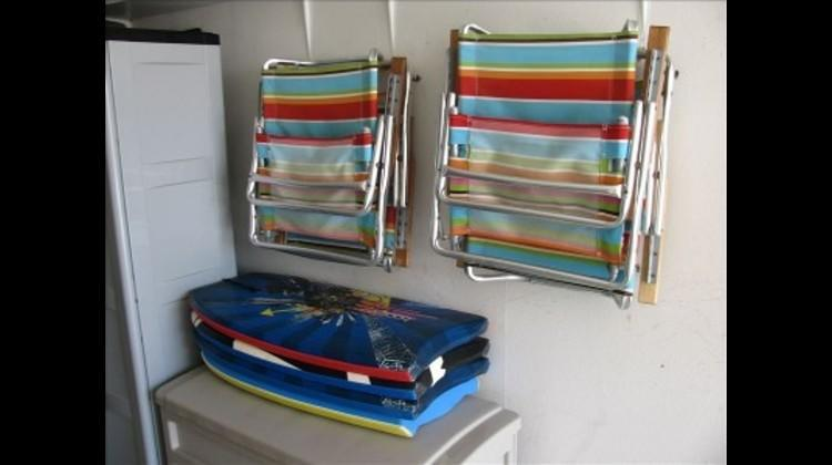 Beachchairs and boggie boards for your use
