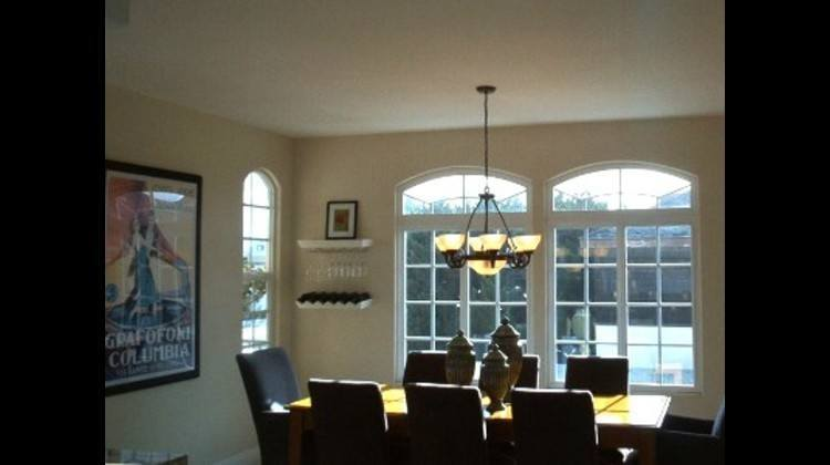 Dinning room with seating for eight